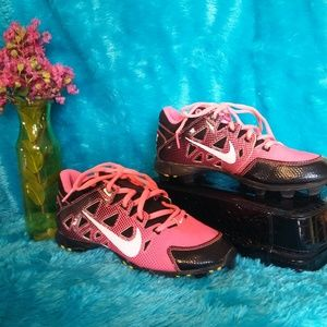 Nike Girl's Youth Pink Softball Cleats 4.5
